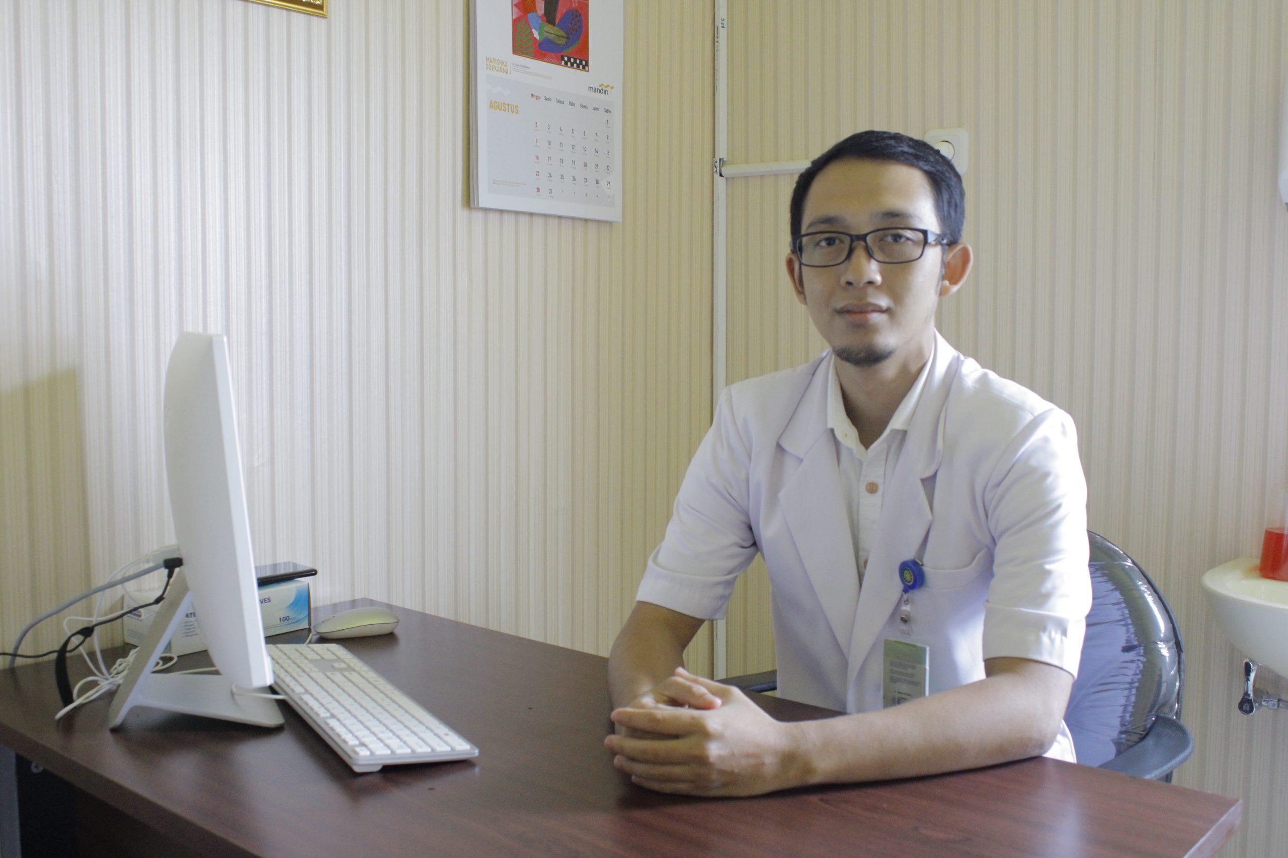 dr. Khoirur Rijal Ashsholih